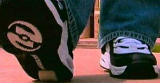 Cuidado con los zapatos con ruedas para niños