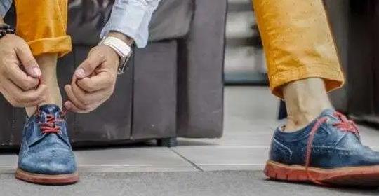 Por qué no es recomendable usar zapatos sin calcetines
